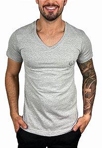 Camiseta VersatiOld Small Logo Gola V Cinza