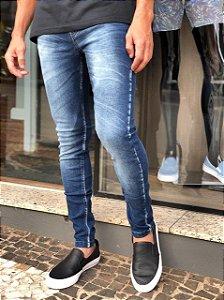 Calça Jeans mega fit