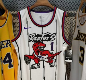 Camisa Toronto Raptors - Hardwood Classics -  2 Kawhi Leonard - 7 Kyle Lowry - 15 Vince Carter - 1 Tracy McGrady - 43 Pascal Siakam - 9 Serge Ibaka - escolha qualquer jogador do time
