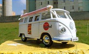 Miniatura Kombi Pastel de Feira