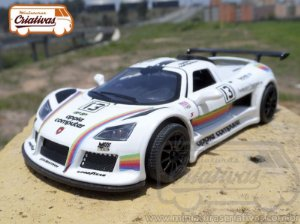 Gumpert Apollo Apple Computer Racing