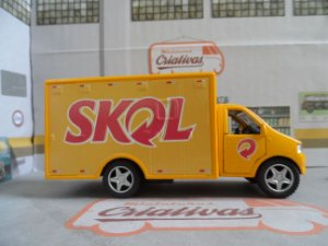 Caminhão Cerveja Skol