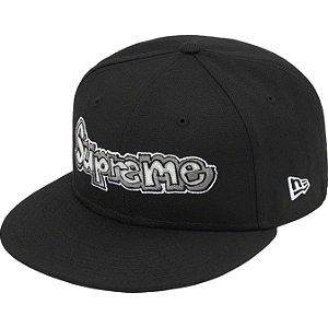 """!SUPREME x NEW ERA - Boné Gonz Logo """"Preto"""" -NOVO-"""