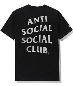 "ANTI SOCIAL SOCIAL CLUB X UNDEFEATED - Camiseta Paranoid ""Preto"" -NOVO-"