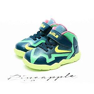 "Nike Lebron 11 ""Gama Green"" - Infantil"