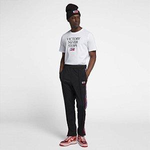 "Nike x Riccardo Tisci - Camiseta Victory Never Stops ""White"""