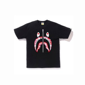 "BAPE - Camiseta Gradation Camo Shark ""Black"""