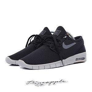 "Nike SB Stefan Janoski Max ""Black/Dark Grey"""
