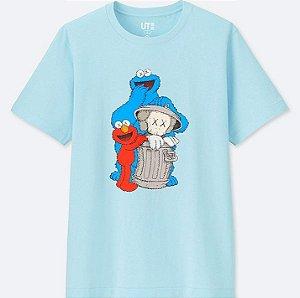 """UNIQLO X Kaws x Sesame Street - Camiseta Trash """"Blue"""""""