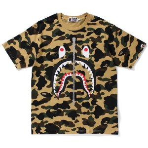 "BAPE - Camiseta 1st Camo Shark Zip Up ""Yellow"""