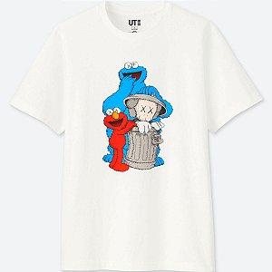 "UNIQLO X Kaws x Sesame Street - Camiseta Trash ""White"""