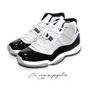 "Nike Air Jordan 11 Retro ""Concord"" -NOVO-"