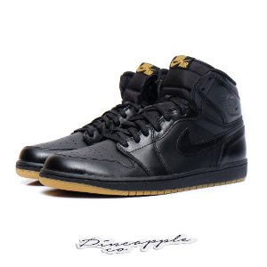 "Nike Air Jordan 1 Retro ""Black Gum"""