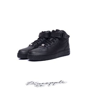 "Nike Air Force 1 Mid ""Black"" (GS)"