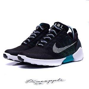 "Nike Hyperadapt 1.0 ""Black/White"""