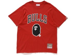 "Bape x Mitchell & Ness - Camiseta Bulls ""Red"""
