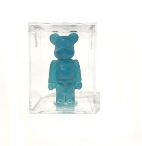 "BEARBRICK - Boneco Candy Hypefest ""Blue"" (Comestível)"
