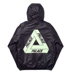 "Palace x Pertex Quantum - Jaqueta Glow In the Dark ""Black"""