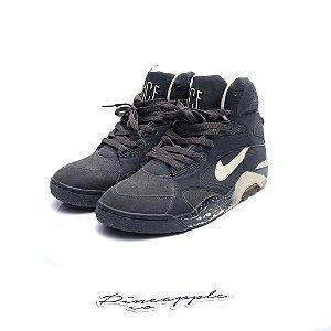 "Nike Air Force 180 ""Glow in the Dark"" (2012)"