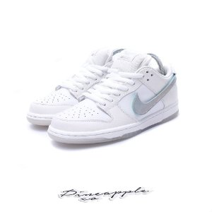 "Nike SB Dunk Low x Diamond Supply Co ""White Diamond"""