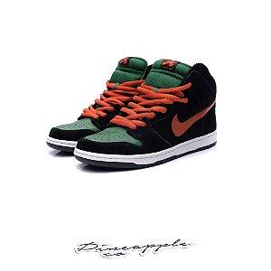 "Nike SB Dunk High ""Jagermeister"""