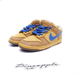 "Nike SB Dunk Low ""Newcastle"" 2008"