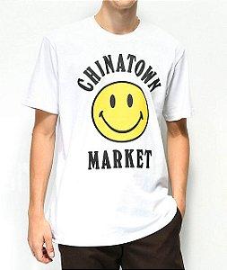 """CHINATOWN MARKET - Camiseta Smile Logo """"White"""""""