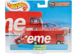 Supreme x Hot Wheels - leet Flyer + 1992 BMW M3
