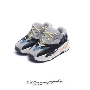 "adidas Yeezy Boost 700 Wave Runner ""Solid Grey"" (Infant)"