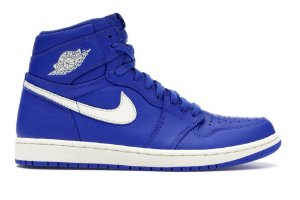 """Nike Air Jordan 1 Retro """"Hyper Royal"""""""