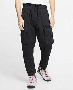 "Nike x ACG - Calça Woven Cargo Trousers ""Black"""