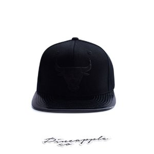 "MITCHELL & NESS - Boné NBA Midnight Flexfit Chicago Bulls ""Preto"" -NOVO-"