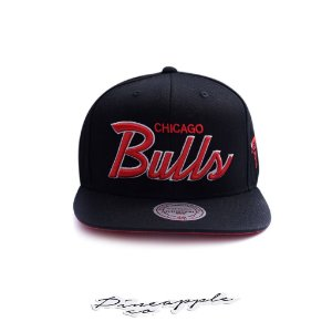 "MITCHELL & NESS - Boné NBA Foundation Script Chicago Bulls ""Black/Red"""