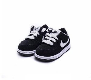"Nike Dunk Low ""Black"" (Infantil) -NOVO-"