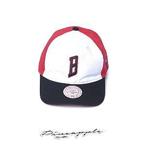 "MITCHELL & NESS - Boné 3 Block Strapback Chicago Bulls "" Red/White"""