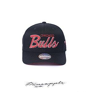 "MITCHELL & NESS - Boné NBA Foundation Script Chicago Bulls Flexfit ""Black/Red"""