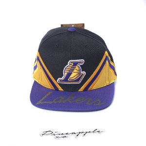 "MITCHELL & NESS - Boné Peaks Lakers ""Black/Purple/Yellow"""