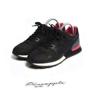 "LOUIS VUITTON - Run Away ""Black/Pink"" -USADO-"