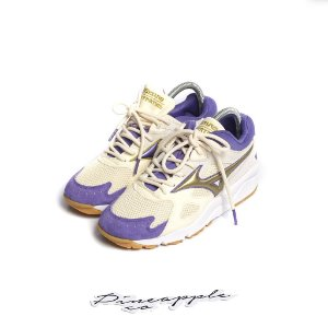 """Mizuno Sky Medal OG x Footpatrol """"Antique White/Prism Violet"""" -NOVO-"""