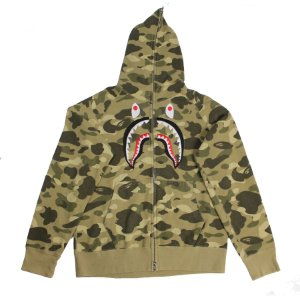 "BAPE - Moletom Embroidery Shark Full Zip ""Color Camo"" -USADO-"