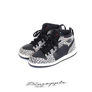 "NIKE - Air Jordan 1 Retro ""Black/Elephant Print"" (Infantil) -USADO-"