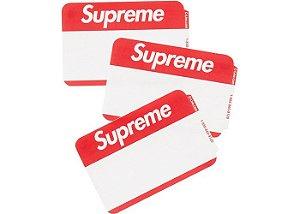 """SUPREME - Adesivo Name Badge (Pack com 5 adesivos) """"Vermelho"""" -NOVO-"""