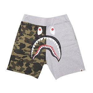 """BAPE - Bermuda Shark Half 1st Camo """"Cinza"""" -USADO-"""
