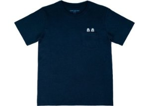 "KAWS: HOLIDAY JAPAN - Camiseta Pocket ""Marinho"" -NOVO-"