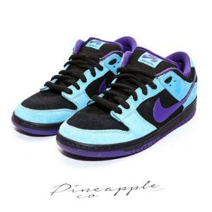 "NIKE - SB Dunk Low ""Skeletor"" -USADO-"