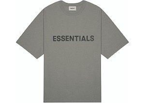 "FOG - Camiseta Essentials 3D Silicon Applique Boxy ""Grafite"" -NOVO-"
