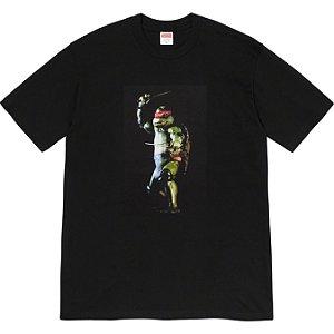 """ENCOMENDA - SUPREME - Camiseta Raphael """"Preto"""" -NOVO-"""