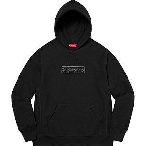 """ENCOMENDA - SUPREME x KAWS - Moletom Chalk Logo """"Preto"""" -NOVO-"""