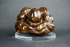 Escultura Buda Força e Humildade com suporte de acrílico - Silvana Tinelli