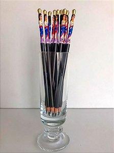 Lápis esculpido com imagem da Nossa Senhora da Conceição - Fernando Azaria